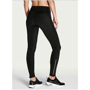 Victoria Sport Ankle Zip Leggings
